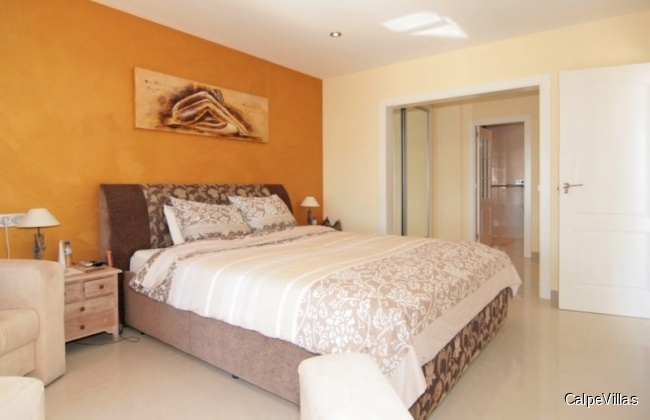 Luxury Villa, like new, in Calpe with breathtaking sea views and panoramic views
