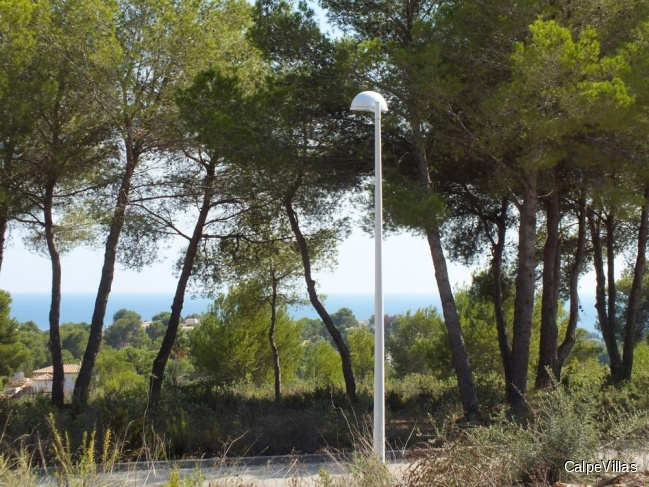 Several flat plots in Moraira, 800 sqm with sea views in a fantastic location