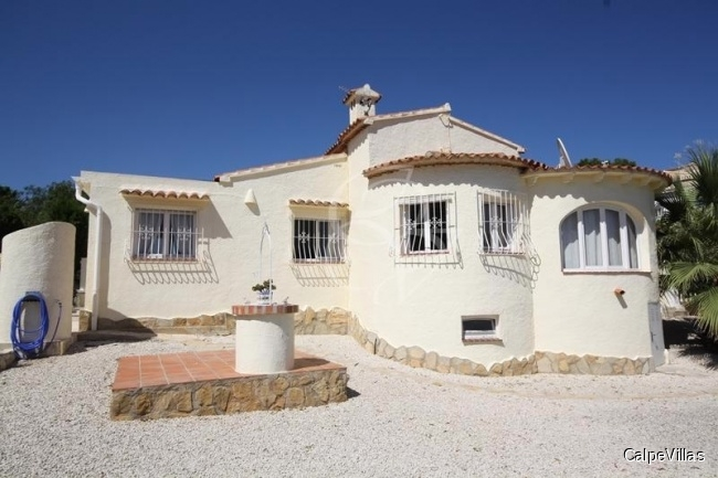 Very private villa in San Jaime on of the prime residential areas of Moraira
