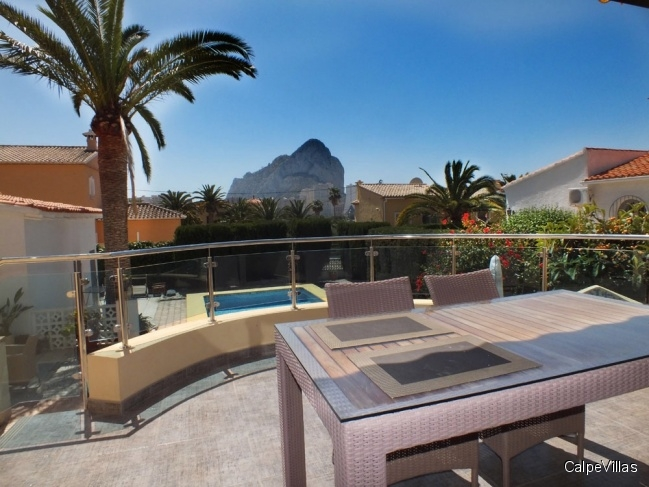 New villa in Calpe within walking distance to the beach