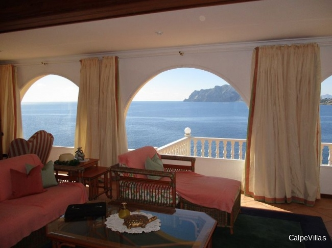 Luxury villa in Benissa in 1st sea line and south facing