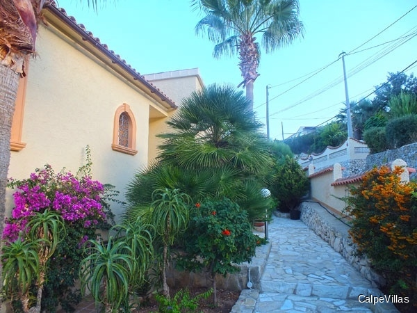 Wonderful villa in 3 Line to the sea just 100 meters from the sea