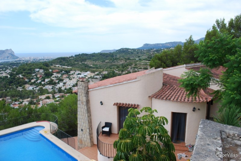 Villa with spectacular sea views in Benissa